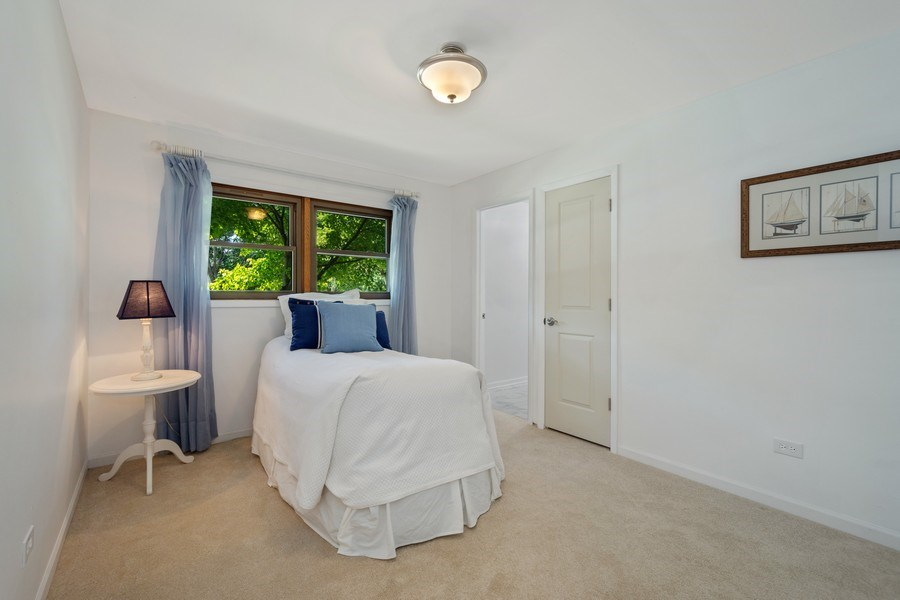 Real Estate Photography - 445 S Highland Ave, Arlington Heights, IL, 60005 - 2nd Bedroom