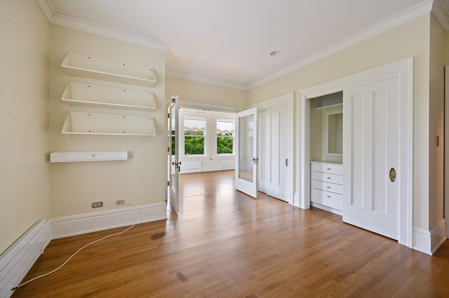 Real Estate Photography - 1225 Sheridan Rd, Evanston, IL, 60202 - 3rd Bedroom