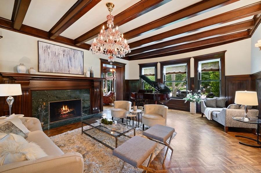 Real Estate Photography - 1225 Sheridan Rd, Evanston, IL, 60202 - Elegant Living Room