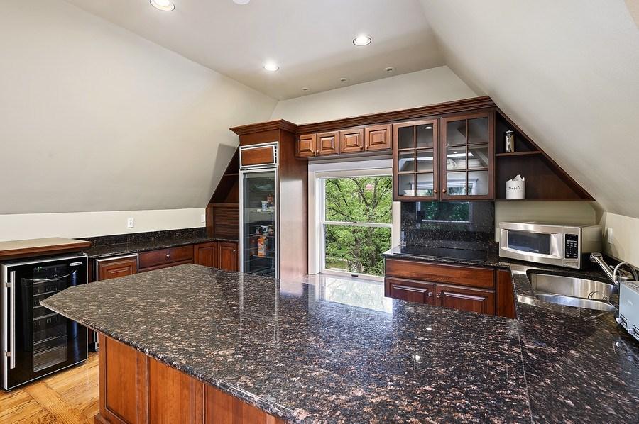 Real Estate Photography - 1225 Sheridan Rd, Evanston, IL, 60202 - 3rd Floor Full kitchen