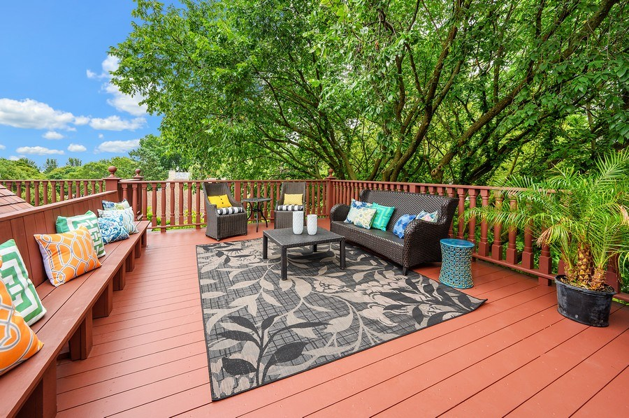 Real Estate Photography - 1225 Sheridan Rd, Evanston, IL, 60202 - 3rd Floor Tree Top Lounge Area