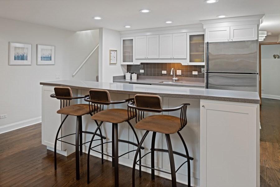 Real Estate Photography - 1130 W Cornelia, Unit M, Chicago, IL, 60657 - Kitchen