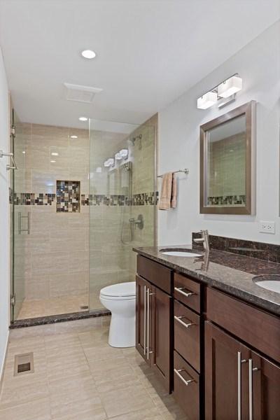 Real Estate Photography - 1130 W Cornelia, Unit M, Chicago, IL, 60657 - Bathroom