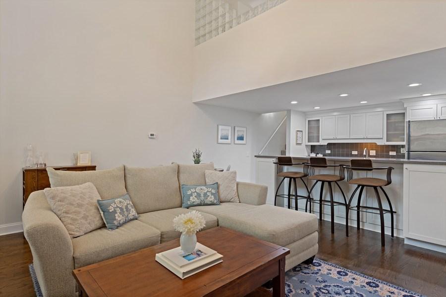 Real Estate Photography - 1130 W Cornelia, Unit M, Chicago, IL, 60657 - Kitchen / Dining Room