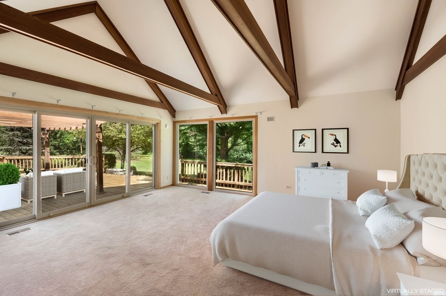 Real Estate Photography - 2185 Inverray Rd, Inverness, IL, 60067 - Master Bedroom