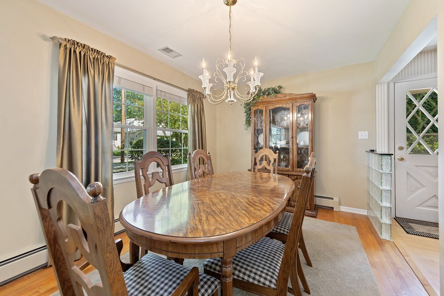 Real Estate Photography - 24 N Poplar Place, La Grange, IL, 60525 - Dining Room