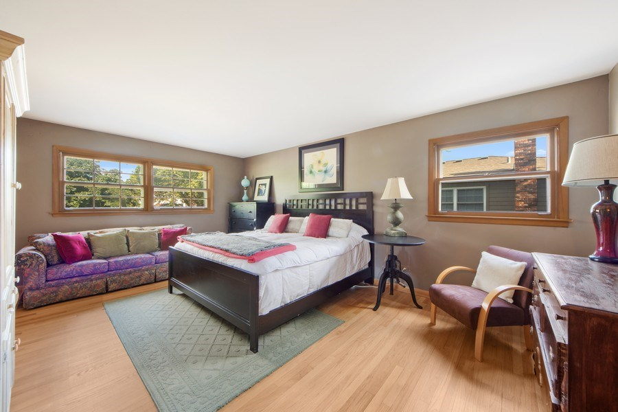 Real Estate Photography - 1431 N Haddow, Arlington Heights, IL, 60004 - Master Bedroom