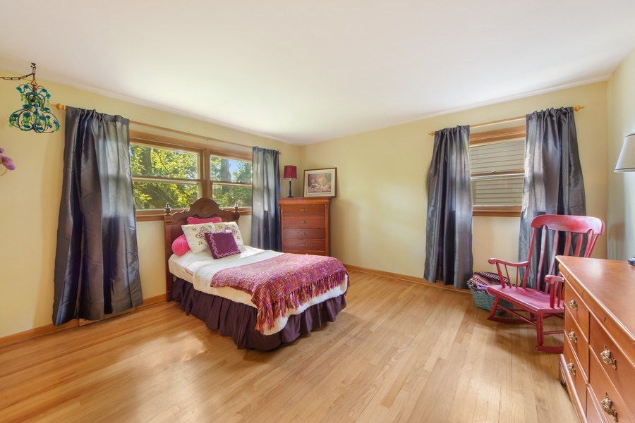 Real Estate Photography - 1431 N Haddow, Arlington Heights, IL, 60004 - 2nd Bedroom