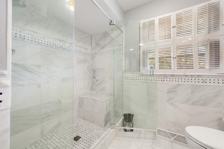 Real Estate Photography - 1431 N Haddow, Arlington Heights, IL, 60004 - Master Bathroom