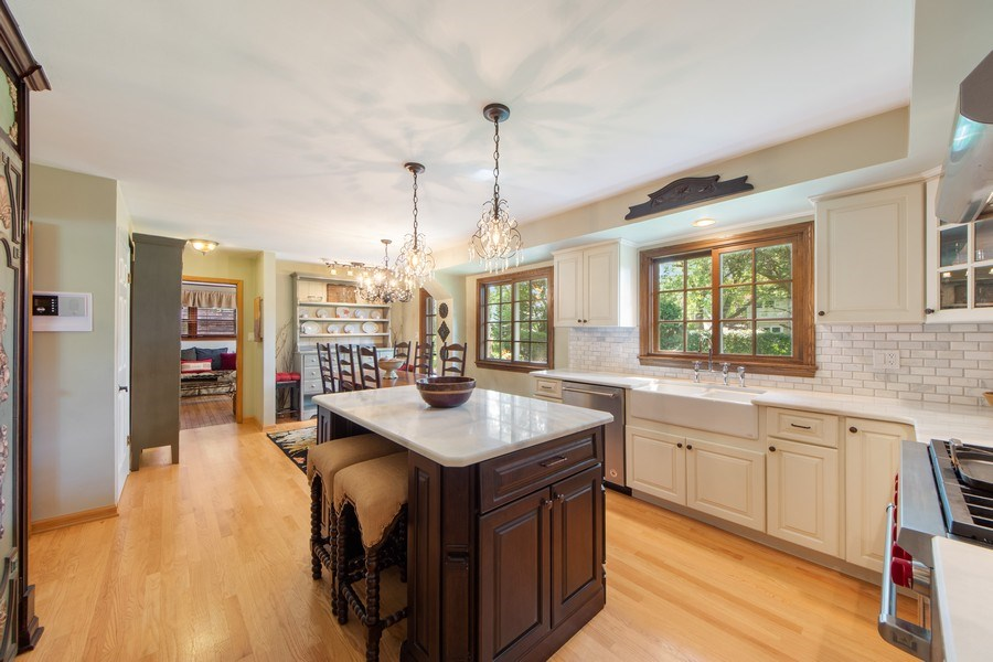 Real Estate Photography - 1431 N Haddow, Arlington Heights, IL, 60004 - Kitchen / Breakfast Room