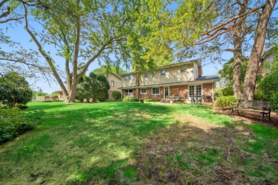 Real Estate Photography - 1431 N Haddow, Arlington Heights, IL, 60004 - Rear View