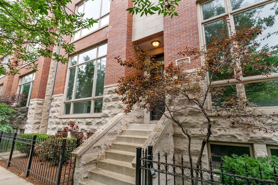 Real Estate Photography - 620 N May St, 1A, Chicago, IL, 60642 - Front View