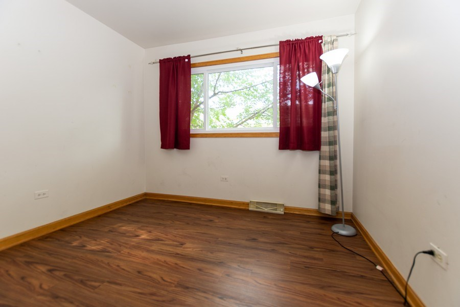 Real Estate Photography - 3433 W 125th St, Alsip, IL, 60803 - Bedroom