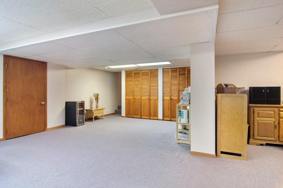 Real Estate Photography - 60 CHESTNUT TERRACE, BUFFALO GROVE, IL, 60089 - Basement