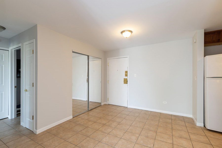 Real Estate Photography - 310 Lathrop Ave, Forest Park, IL, 60130 - Entryway