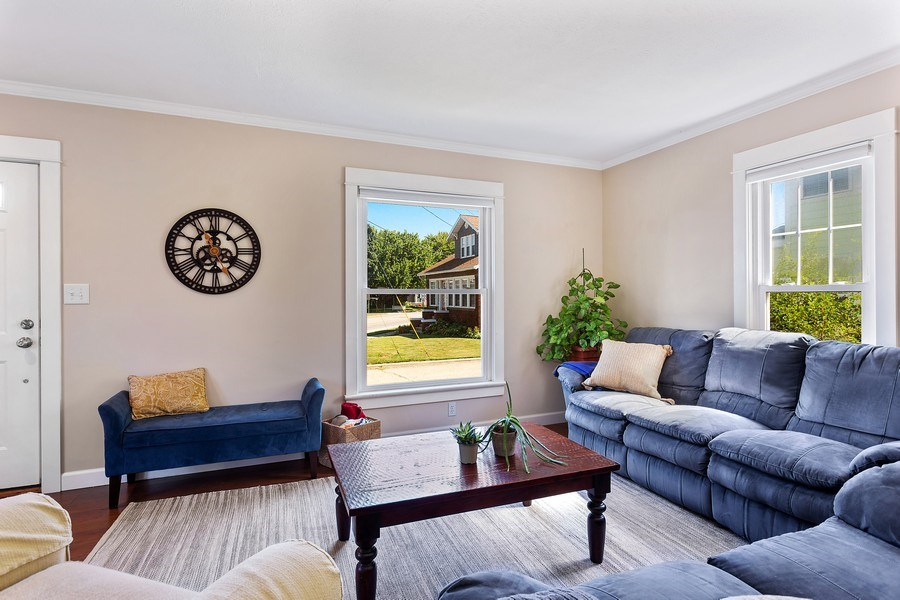 Real Estate Photography - 402 Archer, St. Joseph, MI, 49085 - Living Room