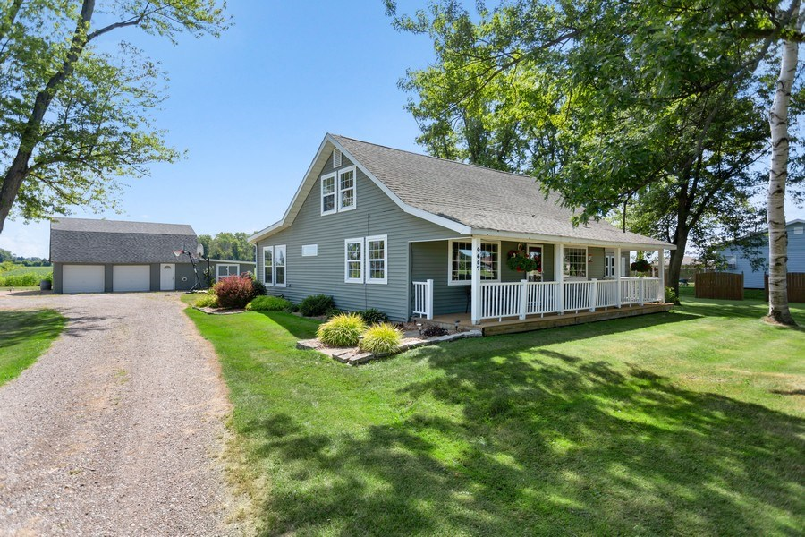 Real Estate Photography - 4657 Lincoln Ave, St. Joseph, MI, 49085 - Front View