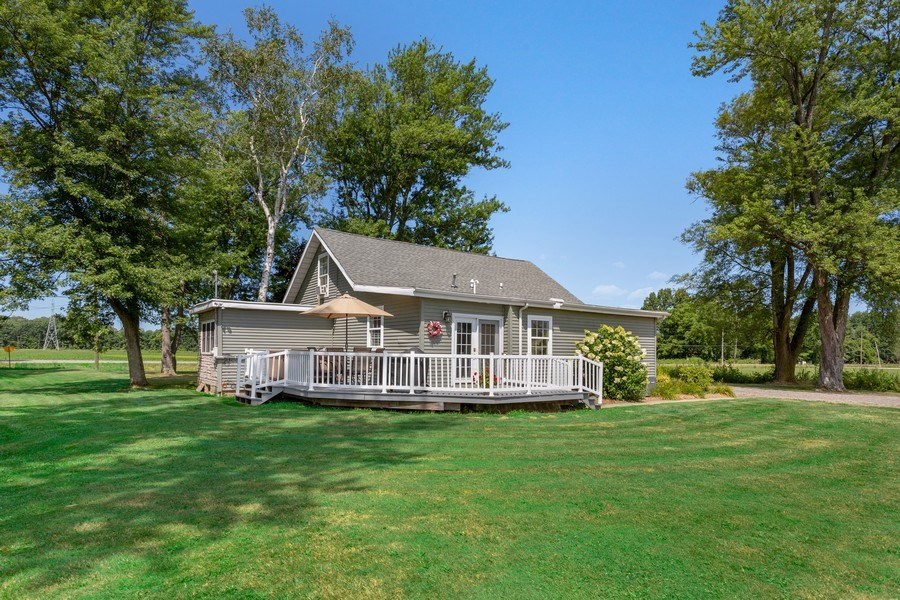 Real Estate Photography - 4657 Lincoln Ave, St. Joseph, MI, 49085 - Rear View