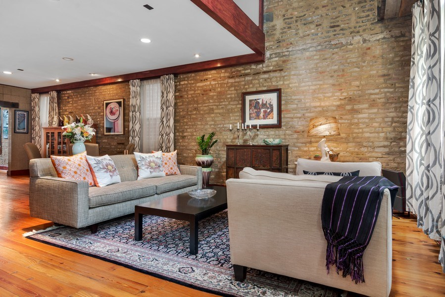 Real Estate Photography - 949 W. Huron St., Chicago, IL, 60642 - Living Room