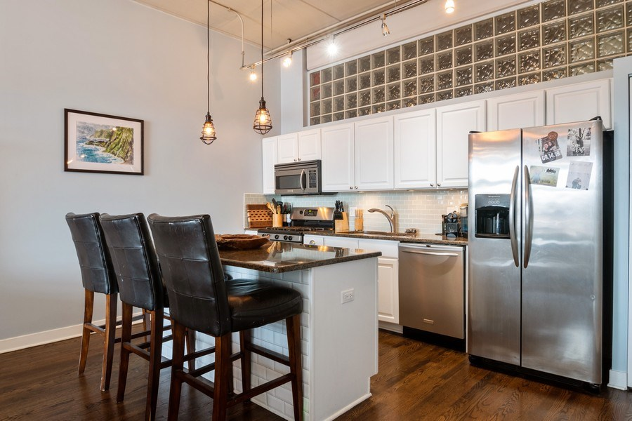 Real Estate Photography - 1635 W Belmont #515, Chicago, IL, 60657 - Kitchen