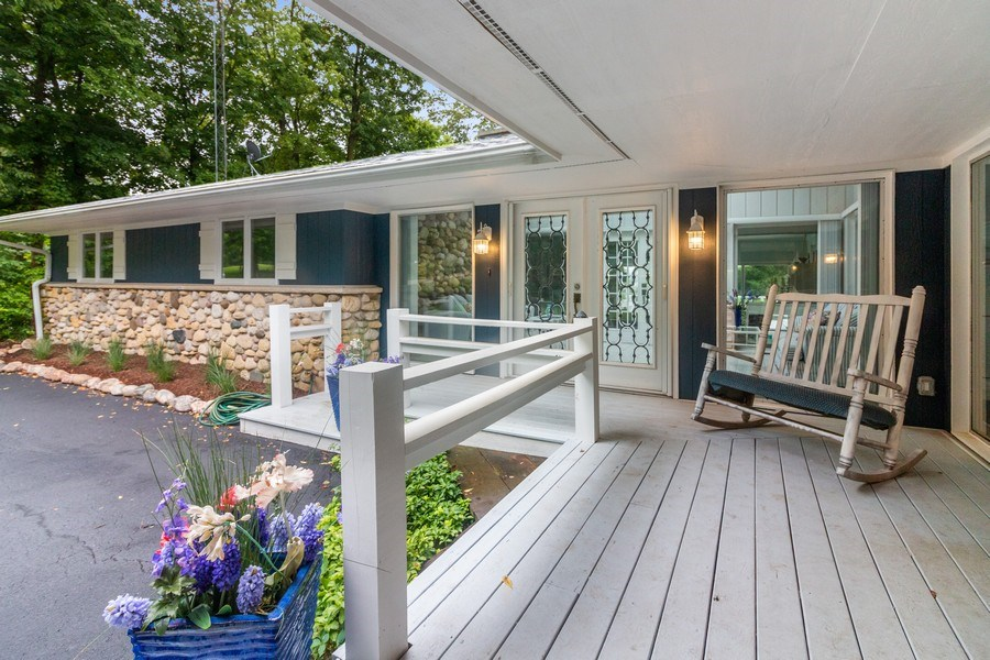 Real Estate Photography - N2293 Chapin Road, Linn, WI, 53147 - Porch
