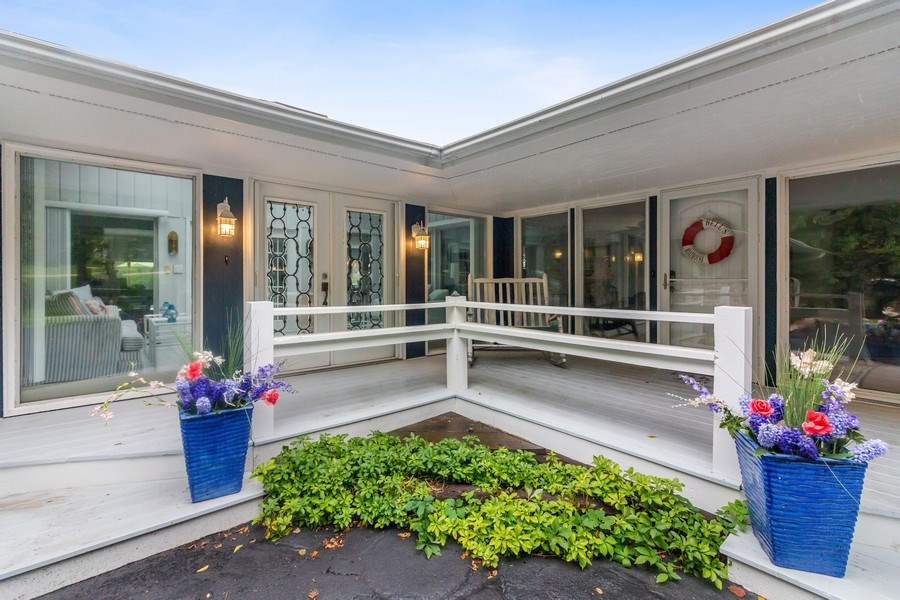 Real Estate Photography - N2293 Chapin Road, Linn, WI, 53147 - Entryway
