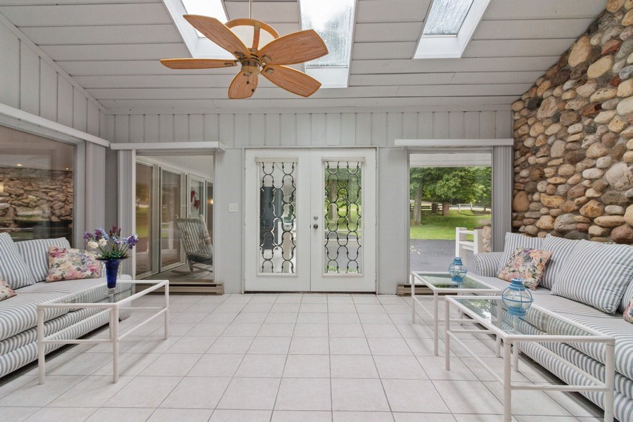 Real Estate Photography - N2293 Chapin Road, Linn, WI, 53147 - Sun Room