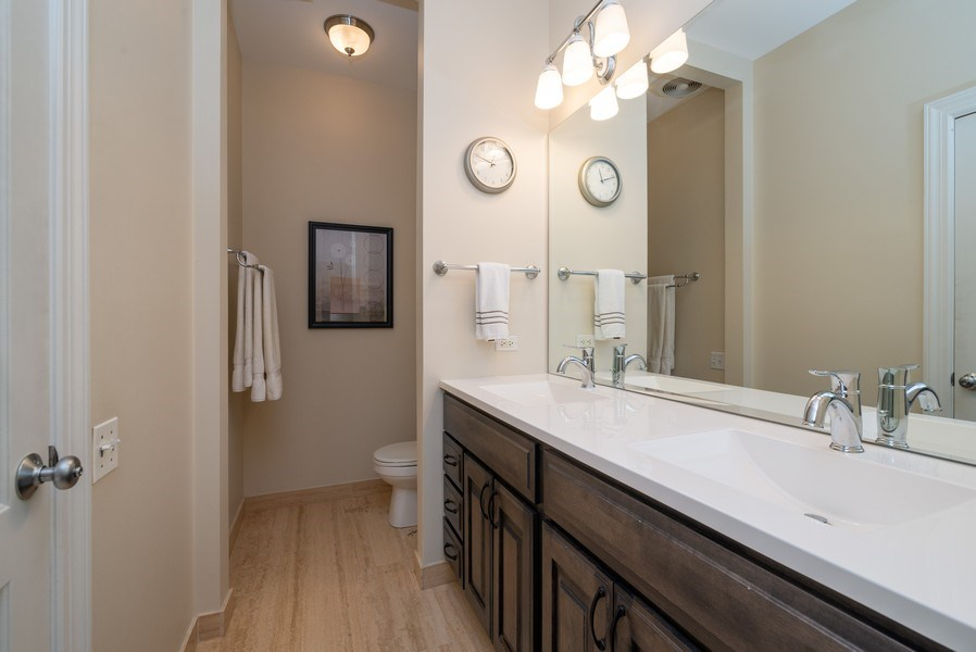 Real Estate Photography - 3959 N Hermitage, Chicago, IL, 60613 - Master Bathroom