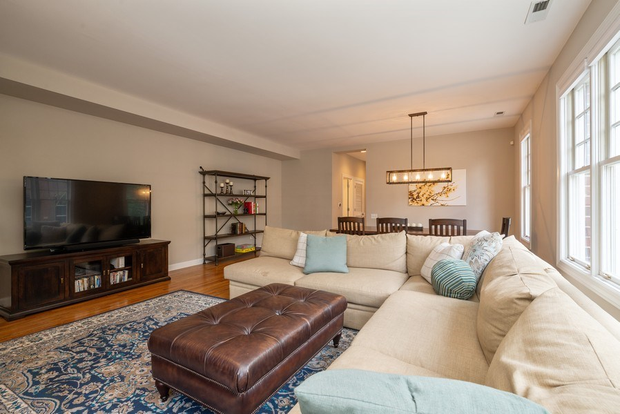 Real Estate Photography - 3959 N Hermitage, Chicago, IL, 60613 - Living Room/Dining Room