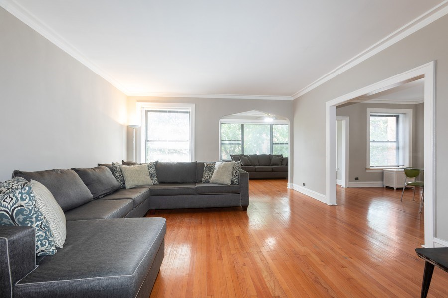 Real Estate Photography - 6727 S Merrill Ave #2N, Chicago, IL, 60649 - Living Room