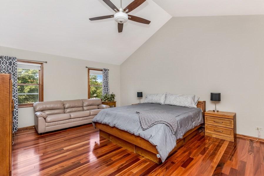 Real Estate Photography - 5175 Thornbark, Hoffman Estates, IL, 60010 - Master Bedroom
