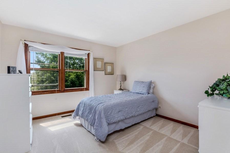 Real Estate Photography - 5175 Thornbark, Hoffman Estates, IL, 60010 - 3rd Bedroom