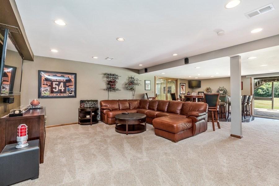 Real Estate Photography - 5175 Thornbark, Hoffman Estates, IL, 60010 - Lower Level