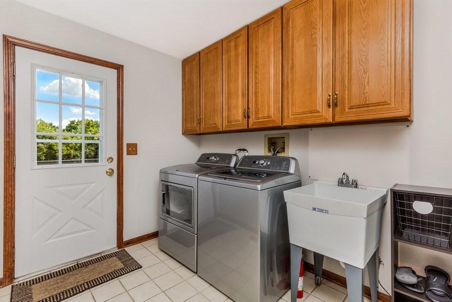 Real Estate Photography - 5175 Thornbark, Hoffman Estates, IL, 60010 - First floor Laundry / Mud Room