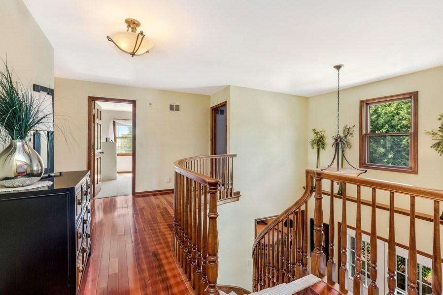 Real Estate Photography - 5175 Thornbark, Hoffman Estates, IL, 60010 - Hallway