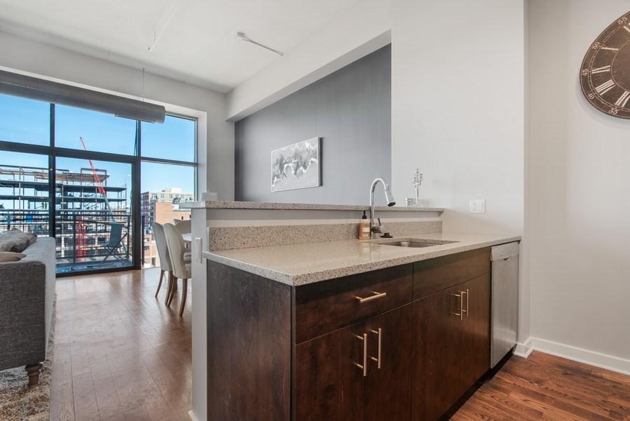 Real Estate Photography - 1224 W Van Buren, Apt 623, Chicago, IL, 60607 - Kitchen