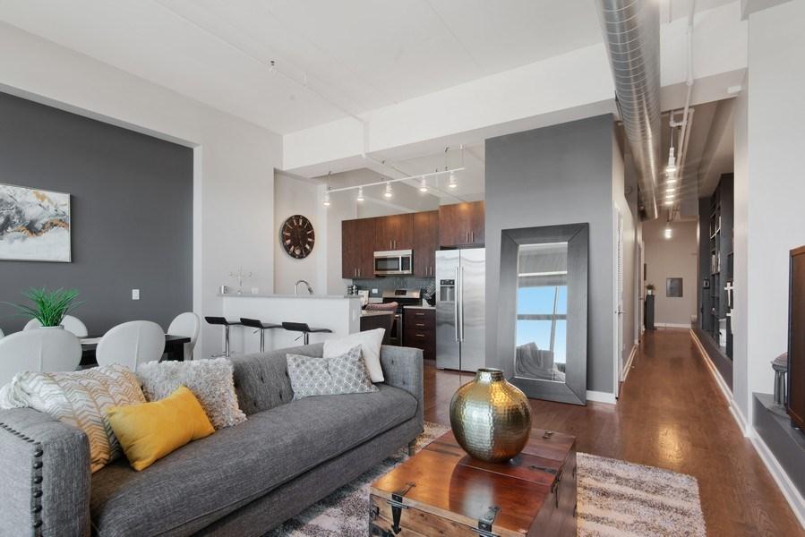 Real Estate Photography - 1224 W Van Buren, Apt 623, Chicago, IL, 60607 - Kitchen/Living