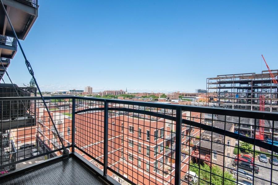 Real Estate Photography - 1224 W Van Buren, Apt 623, Chicago, IL, 60607 - Balcony