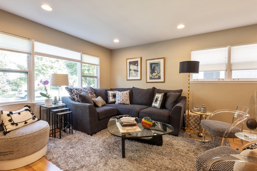 Real Estate Photography - 622 Pleasant Ave, Highland Park, IL, 60035 - Living Room