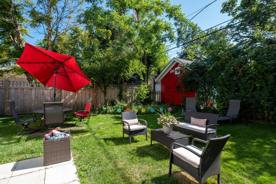 Real Estate Photography - 622 Pleasant Ave, Highland Park, IL, 60035 - Back Yard