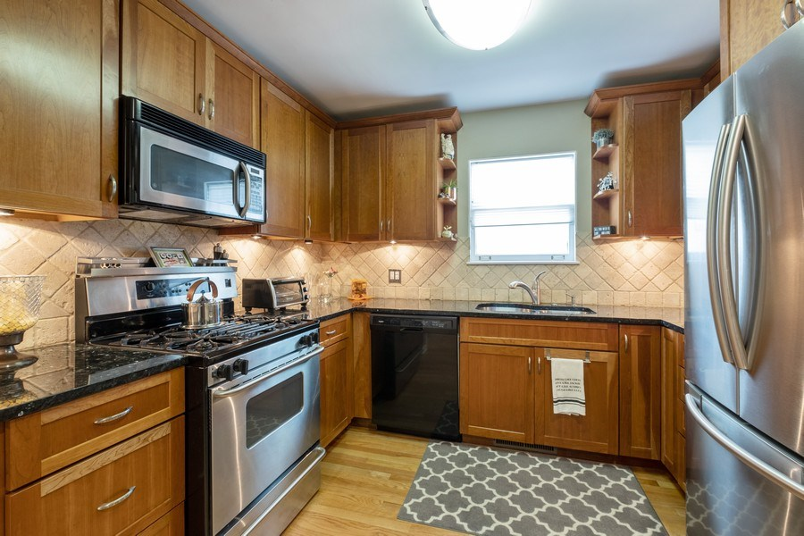 Real Estate Photography - 622 Pleasant Ave, Highland Park, IL, 60035 - Kitchen