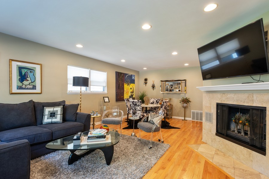 Real Estate Photography - 622 Pleasant Ave, Highland Park, IL, 60035 - Living Room / Dining Room