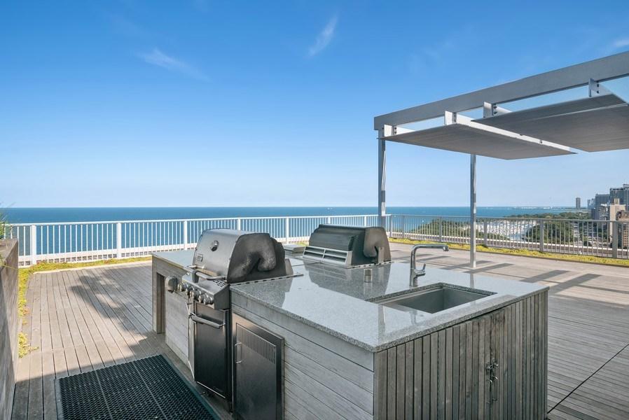 Real Estate Photography - 3900 N Lake Shore Drive, Unit 10E, Chicago, IL, 60613 - Location 9