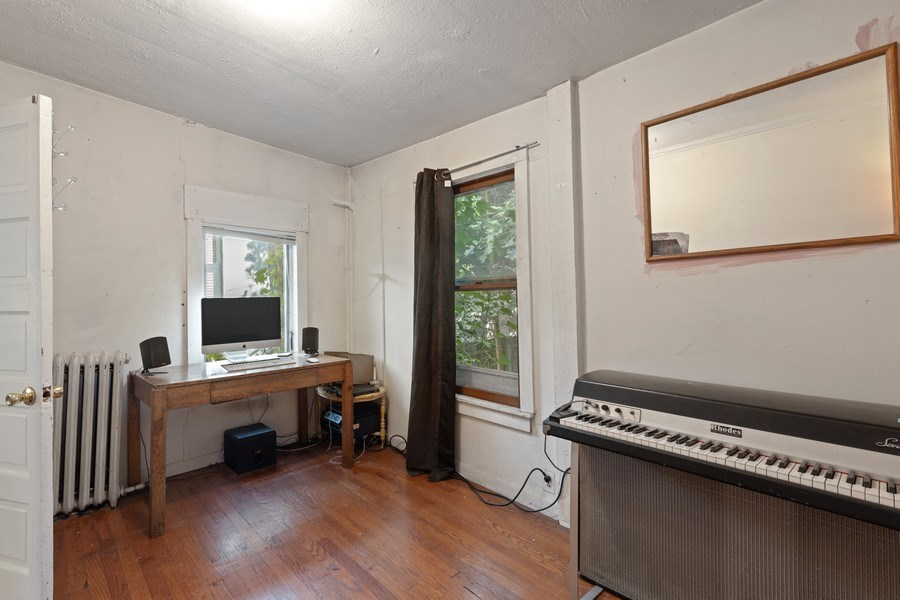 Real Estate Photography - 1623 W Estes Ave, Chicago, IL, 60626 - 2nd Bedroom