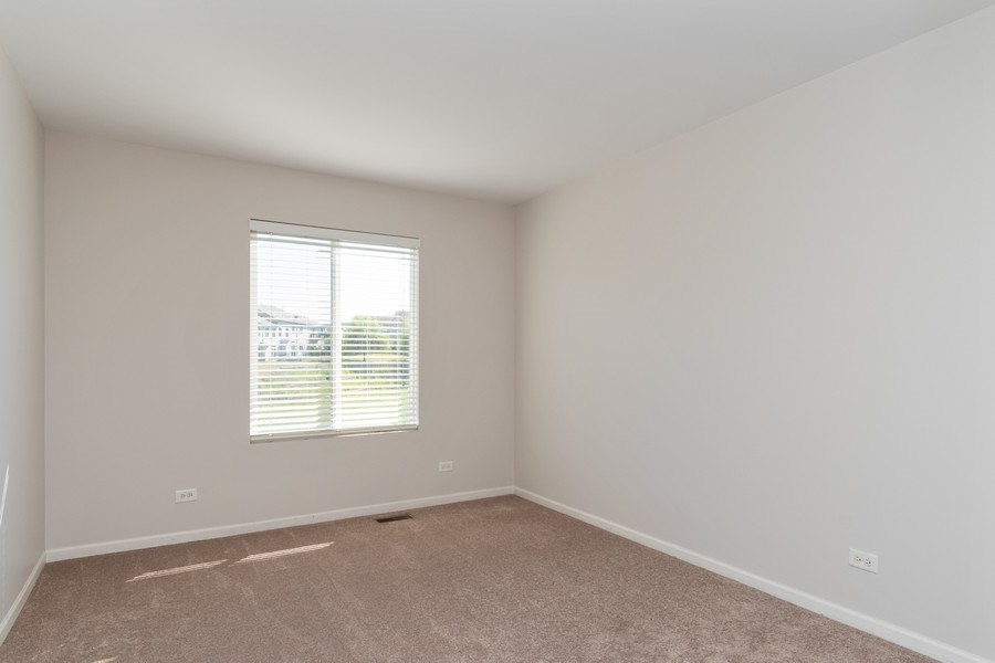 Real Estate Photography - 2212 Summerlin Dr, Aurora, IL, 60503 - 3rd Bedroom