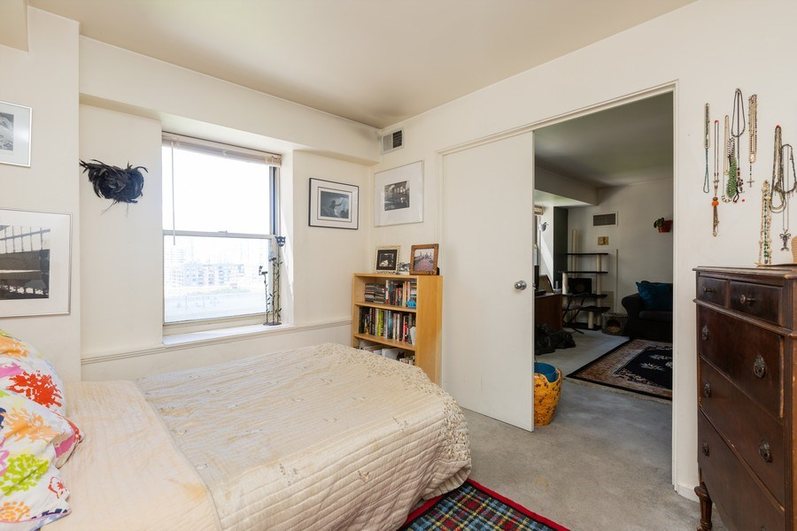 Real Estate Photography - 40 East 9th St, Unit 1314, Chicago, IL, 60605 - Bedroom
