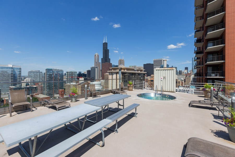 Real Estate Photography - 40 East 9th St, Unit 1314, Chicago, IL, 60605 - Roof Deck