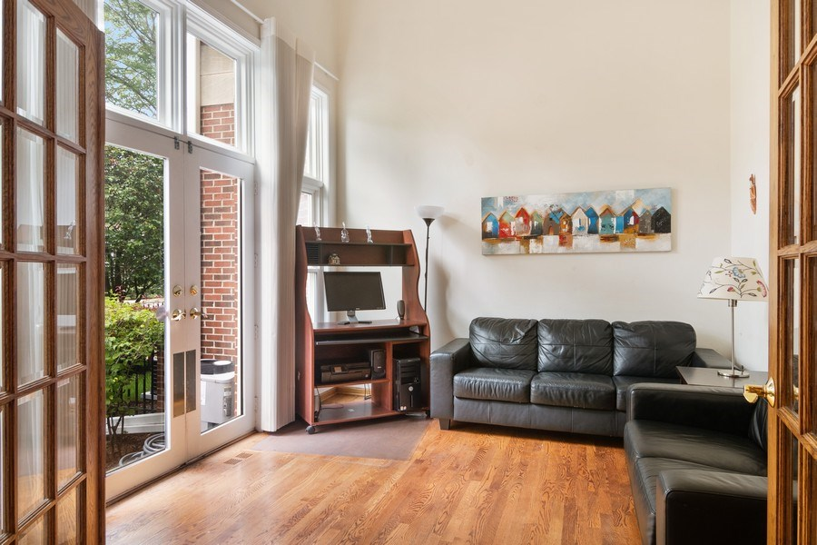 Real Estate Photography - 3350 Church St, Evanston, IL, 60203 - Office