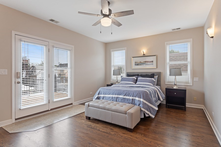 Real Estate Photography - 2632 N Wayne Ave, Unit 3, Chicago, IL, 60614 - 2nd Bedroom