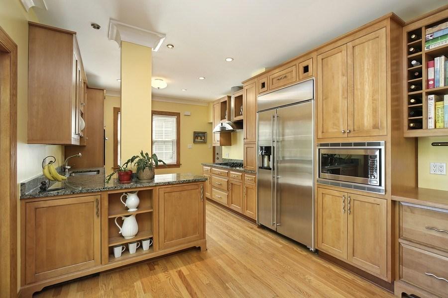 Real Estate Photography - 399 Jackson, Glencoe, IL, 60022 - Kitchen